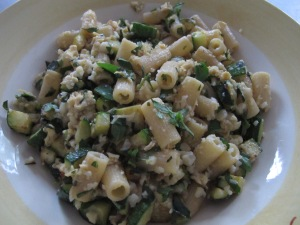 courgette pasta with masses of basil - plateful 14-8-13