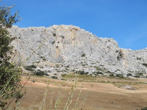 rockface on left on road to canete 12-10-13