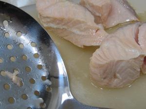 poaching the salmon 20-3-15