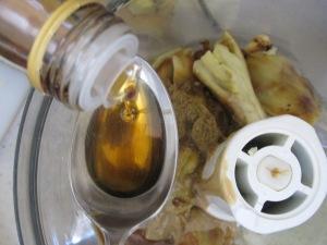 food processor, adding sesame oil 28-4-15