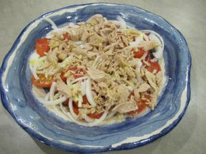 spanish tomato & tuna salad - bowl 29-8-13