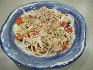 spanish tomato & tuna salad - bowl 29-8-13