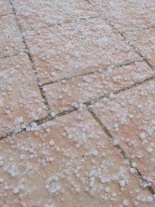 hail12 27-2-16