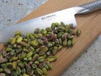 pistachios-chopping