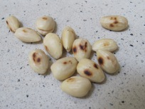 almonds, toasted - photo @Spanish_Valley