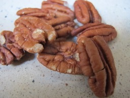 pecans - photo @spanish_valley